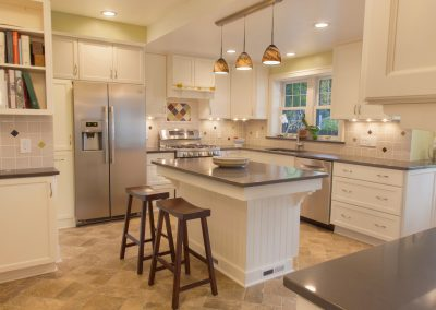 2015 Kitchen & Family Room